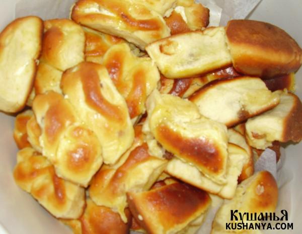 Фото Пирожки с творогом и сушеными абрикосами
