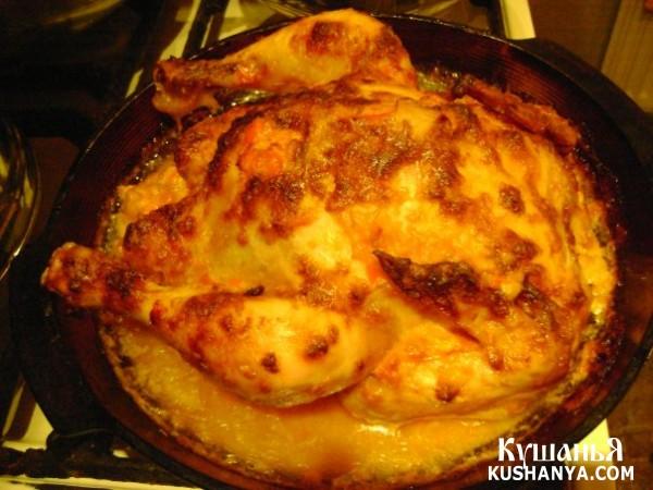 Фото Курица запеченная в духовке с соусом