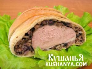 Запеченное мясо в слоеном тесте фото