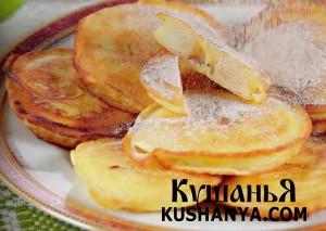 Яблочные оладьи с ванильным кремом фото