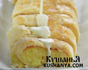 Струдель из картофеля с сыром и сырным соусом фото