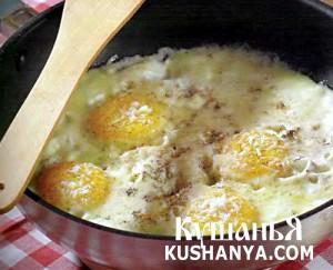 Фото Яйца на сыре моццарелла