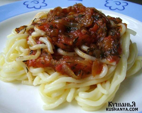 Фото Томатный соус к спагетти с чесноком