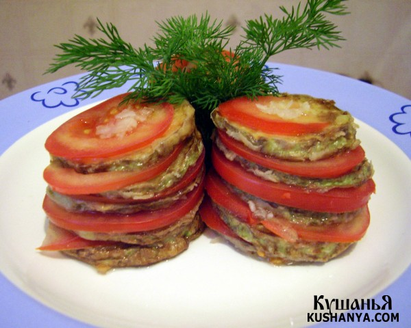 Фото Башенки из жаренных кабачков с помидорами