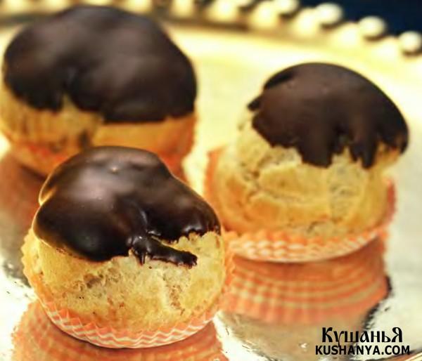 Фото Профитроли с шоколадом