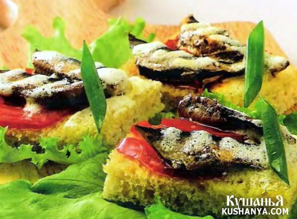 Фото Бутерброды со шпротами (в микроволновке)
