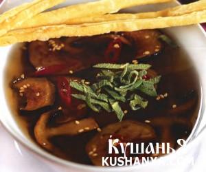 Суп  из баклажанов с грибами фото
