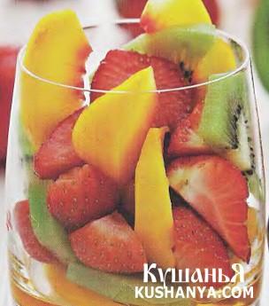 Фото Салат из персиков с киви