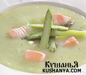 Картофельный суп-пюре с лососем и спаржей фото
