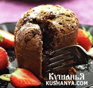 Шоколадный кекс с жидким шоколадом фото