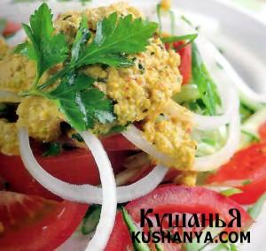 Фото Салат из огурцов и  помидоров по ореховым соусом