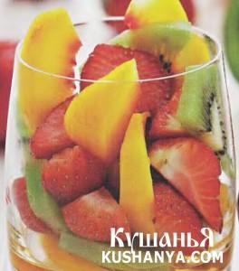 Салат из персиков с киви фото