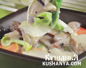 Китайская капуста с вешенками под молочным соусом фото