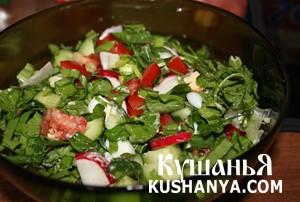 Салат со щавелем и яйцом фото