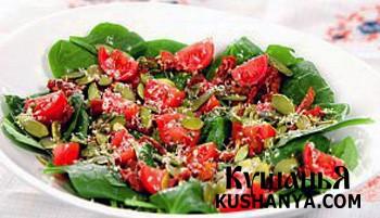 Фото Салат из шпината, помидор и пармезана