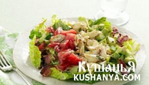 Салат с куриным филе и крабами фото