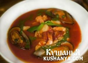 Суп с мидиями и морепродуктами фото