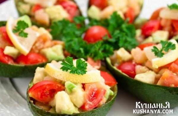 Фото Лодочки из авокадо