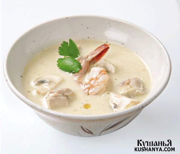 Фото Куриный суп на кокосовом молоке