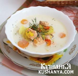 Cырный суп с красной рыбой фото