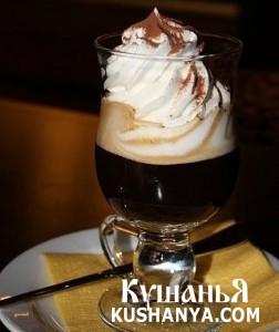 Кофе с горьким шоколадом и ванильным пломбиром фото