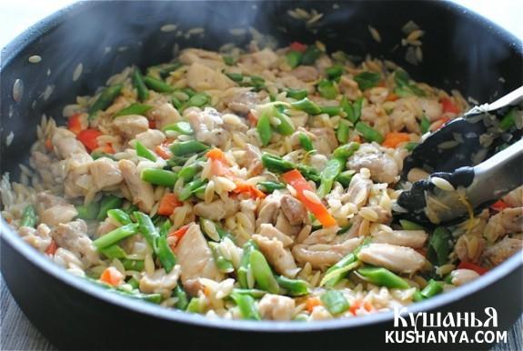 Фото Ризотто с курицей и овощами