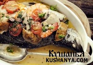 Фото Рыба с креветками, грибами и помидорами