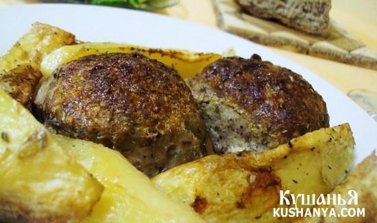 Фото Бифтекья (котлеты) с картофелем в духовке