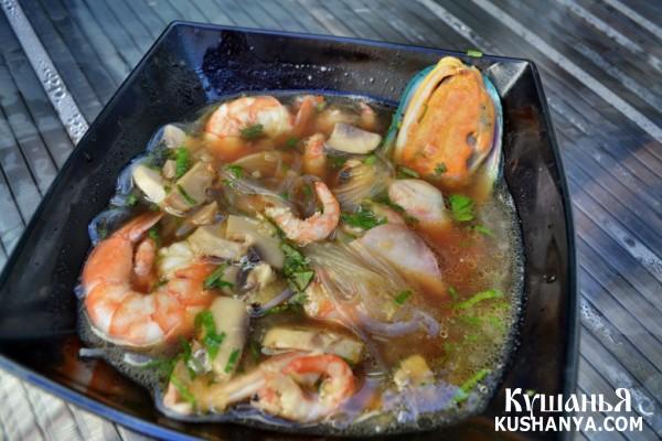 Фото Острый суп с морепродуктами