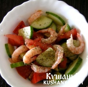 Летний салат с креветками фото