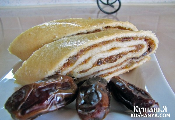Фото Рулет с сухофруктами и орехами