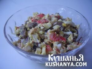 Салат из жареных крабовых палочек фото