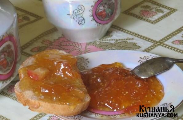 Фото Варенье из яблок и физалиса