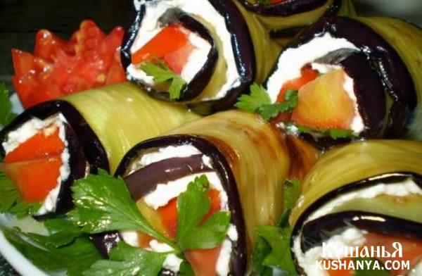 Фото Баклажаны с творогом, чесноком и томатами