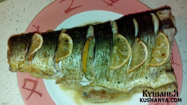 Фото Запеченный в духовке в фольге толстолобик